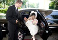 Renees_Limousines_bride_chauffeur_limo_redcarpet